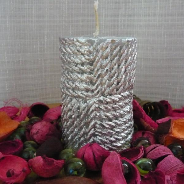 lumanari cilindru cu snur argintiu