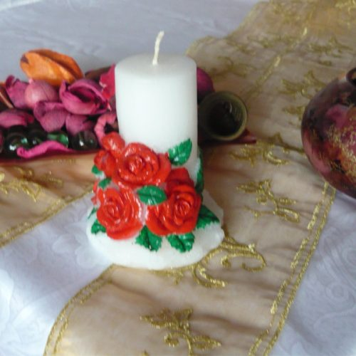 lumanari decorative cu trandafiri rosii
