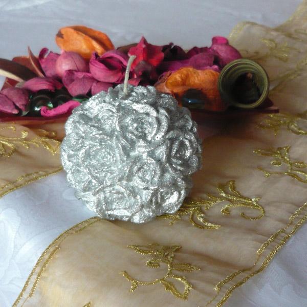 lumanari decorative trandafiri argintii